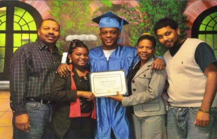 1303100123304937-lil-boosie-gets-his-ged-in-prison