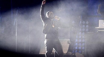diddy-performs-on-stage-at-wrestlemania-29