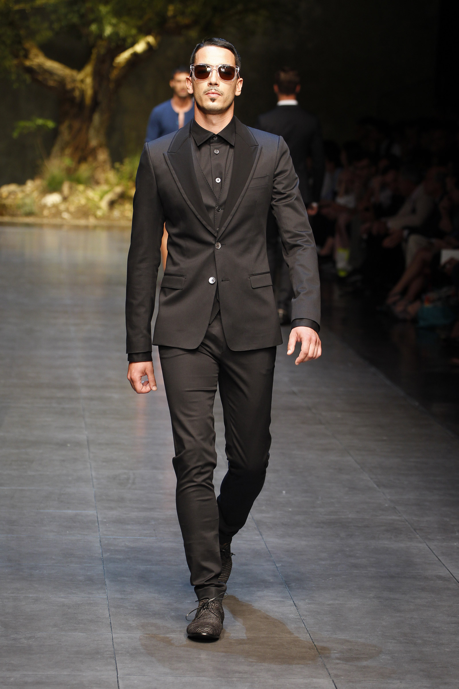 Get the latest men's fashion trends exclusive on puraconga.ml