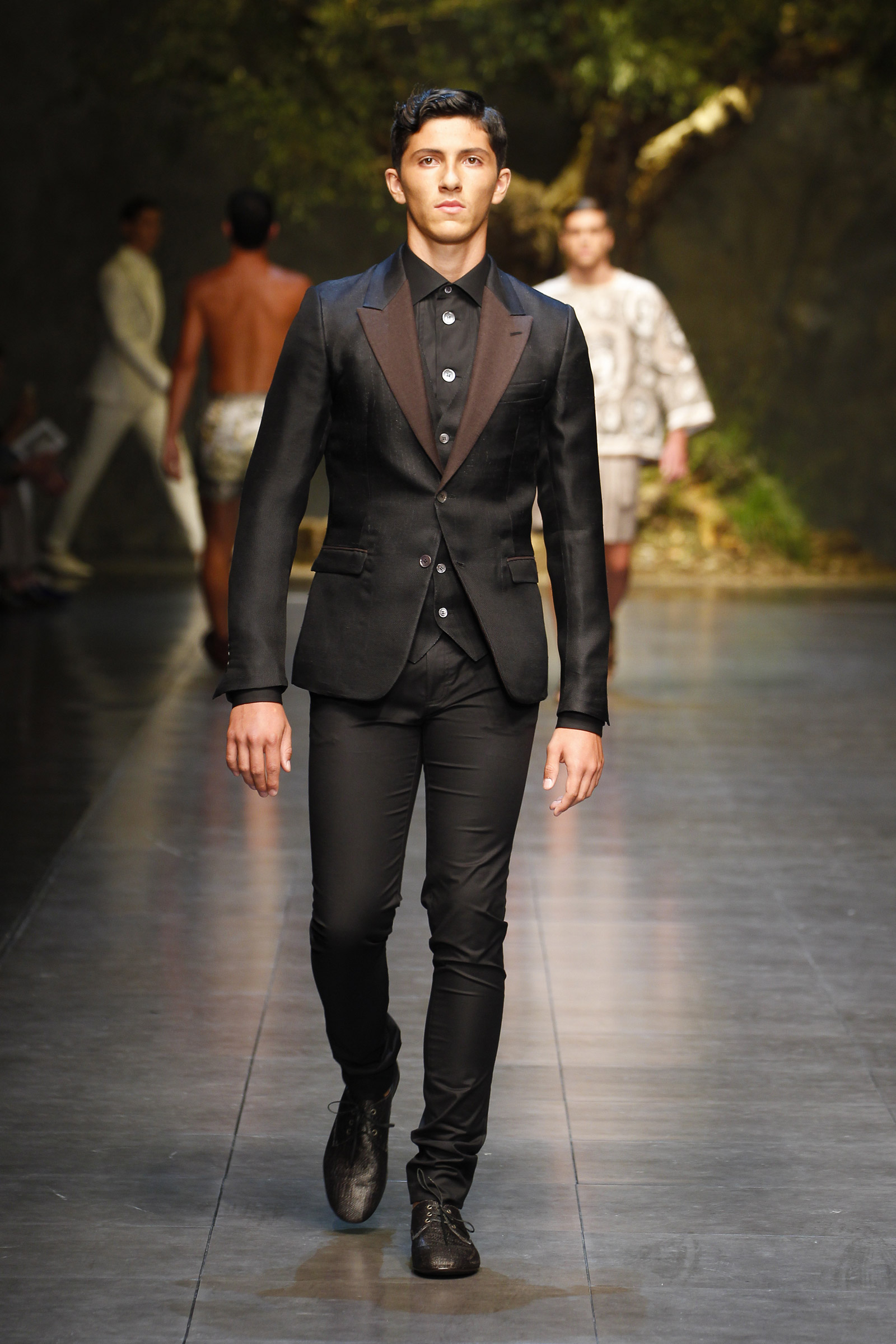 Dolce Amp Gabbana Summer 2014 Men S Fashion Show Media