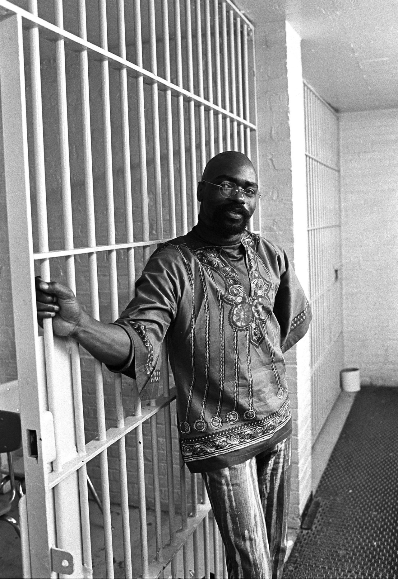 rubin hurricane carter s innocence Rubin 'hurricane' carter may have found fame as a world champion fighter,  i  read the book and said 'wow, this guy is as innocent as hell.