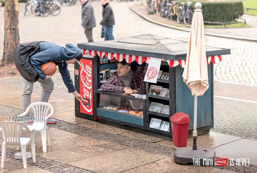 coca-cola-mini-kiosk-mini-cans-designboom01