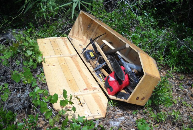 coffin-full-of-guns-volusia-1-050914