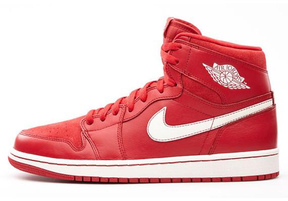 air-jordan-1-retro-high-og-gym-red-555088-601-02-570x399