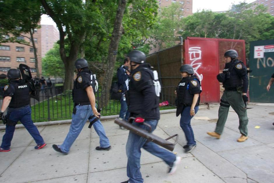 article-gangs4-0604