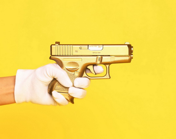 FRANK151-Japan-Gold-Gun-Fire-Glock-shaped-Lighter-01