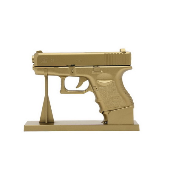 FRANK151-Japan-Gold-Gun-Fire-Glock-shaped-Lighter-02-570x570