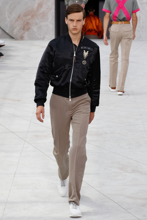 louis-vuitton-spring-2015-menswear-collection-14-570x854
