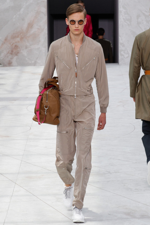 louis-vuitton-spring-2015-menswear-collection-16-570x854