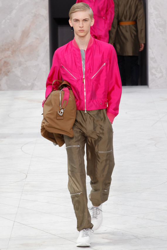 louis-vuitton-spring-2015-menswear-collection-17-570x854