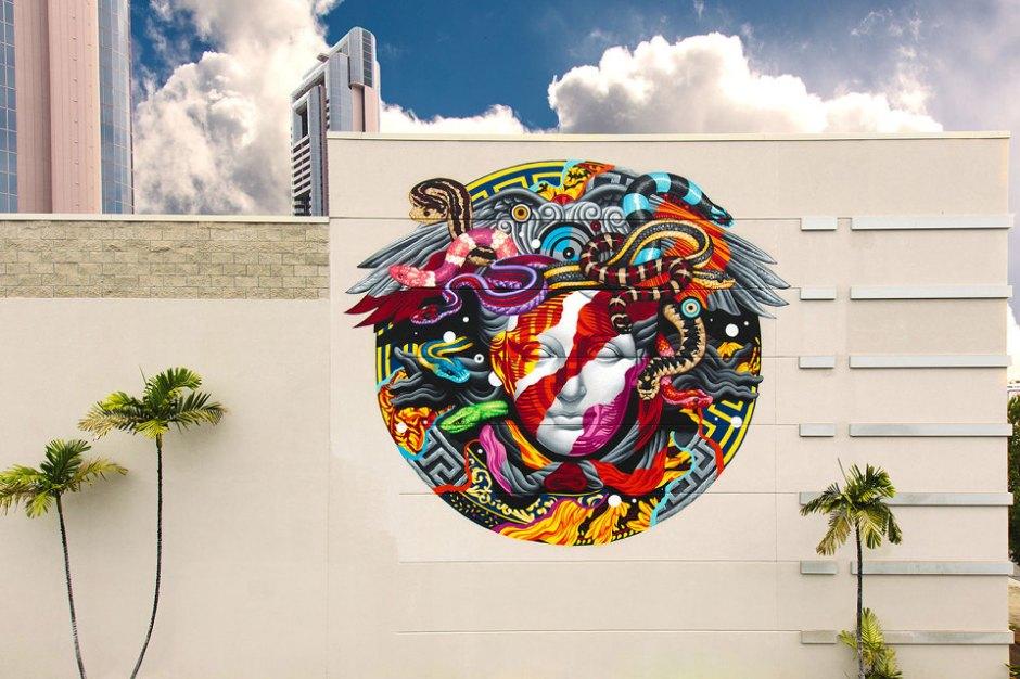 pow-wow-tristan-eaton-versace-medusa-mural-11-960x640