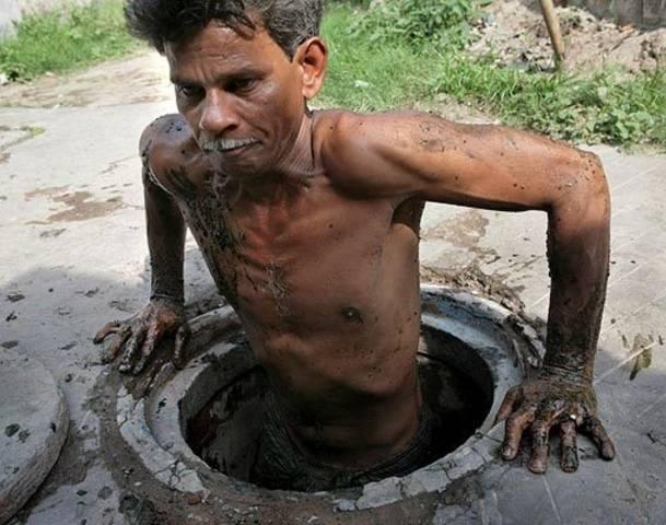 30987692-calcuttas-sewer