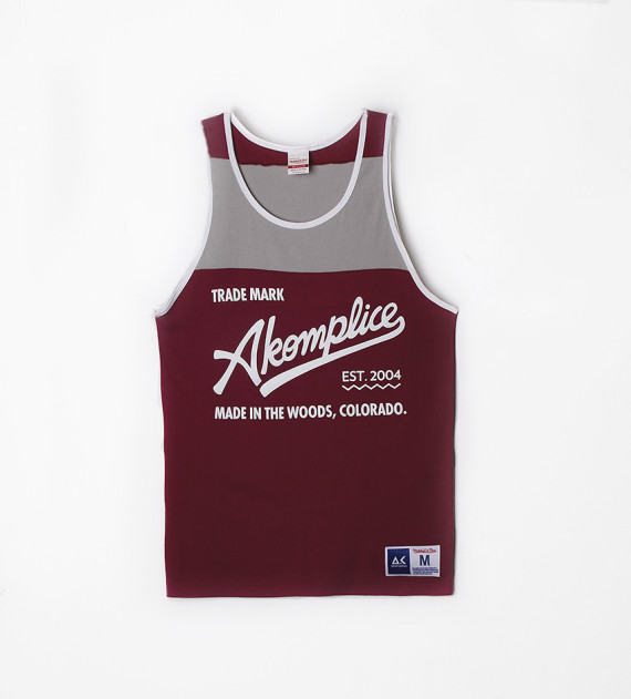 akomplice-mitchell-and-ness-10-year-hiertage-capsule-collection-02-570x631