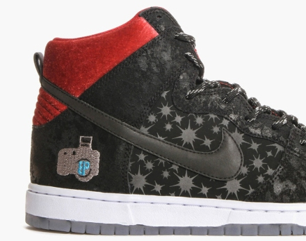 Brooklyn-Projects-x-Nike-SB-Dunk-High-Paparazzi-00