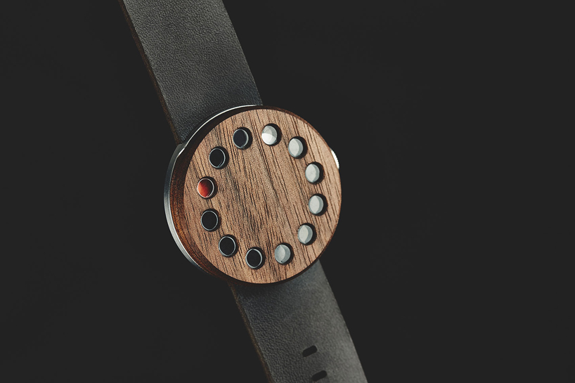 grovemade-wood-watch-designboom01