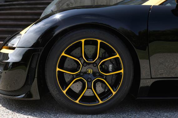 bugatti-veyron-grand-sport-vitesse-1-of-1-c-570x378