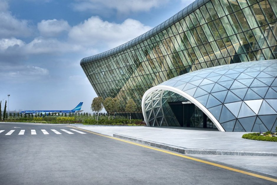 Heydar-Aliyev-International-Airport-Terminal-by-Autoban-2