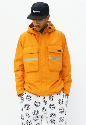 supreme-fallwinter-2014-lookbook-19-300x434