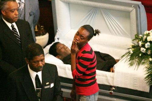 Gone Too Soon: Ten Gut-Wrenching Funeral Images Of Fallen ...
