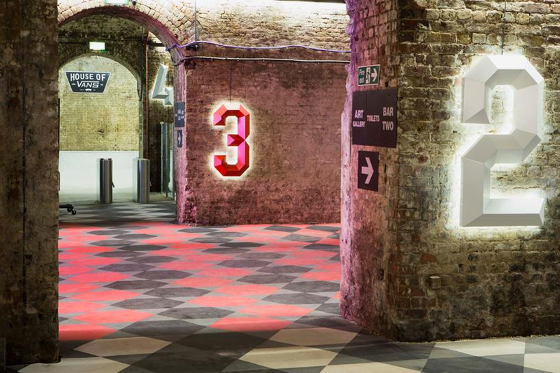 house-of-vans-london-indoor-skatepark-designboom-09