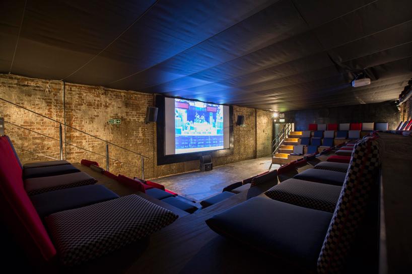 house-of-vans-london-indoor-skatepark-designboom-10