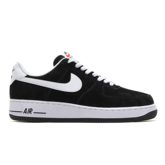 nike-air-force-1-black-00-570x570