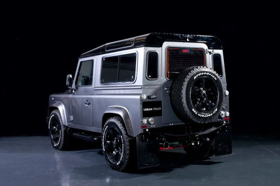 land-rover-defender-ultimate-edition-by-urban-truck-10-570x380