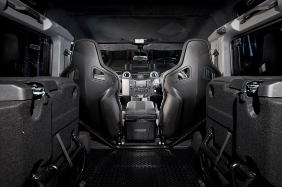 land-rover-defender-ultimate-edition-by-urban-truck-15-570x379