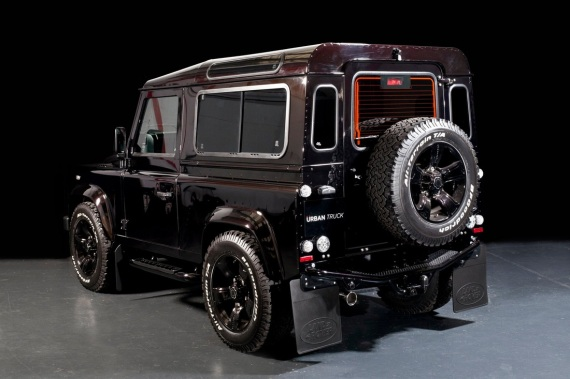 land-rover-defender-ultimate-edition-by-urban-truck-5-570x379