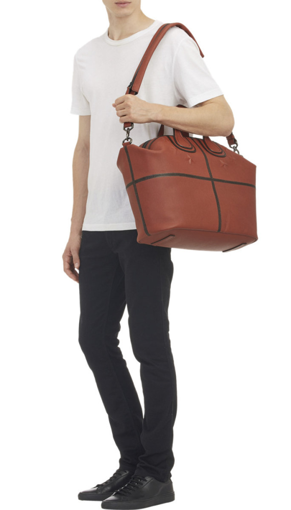 givenchy-star-studded-nightingale-tote-basketball-leather-06-570x1000