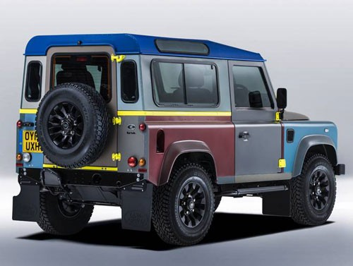 paul-smith-landrover-defender-500x377